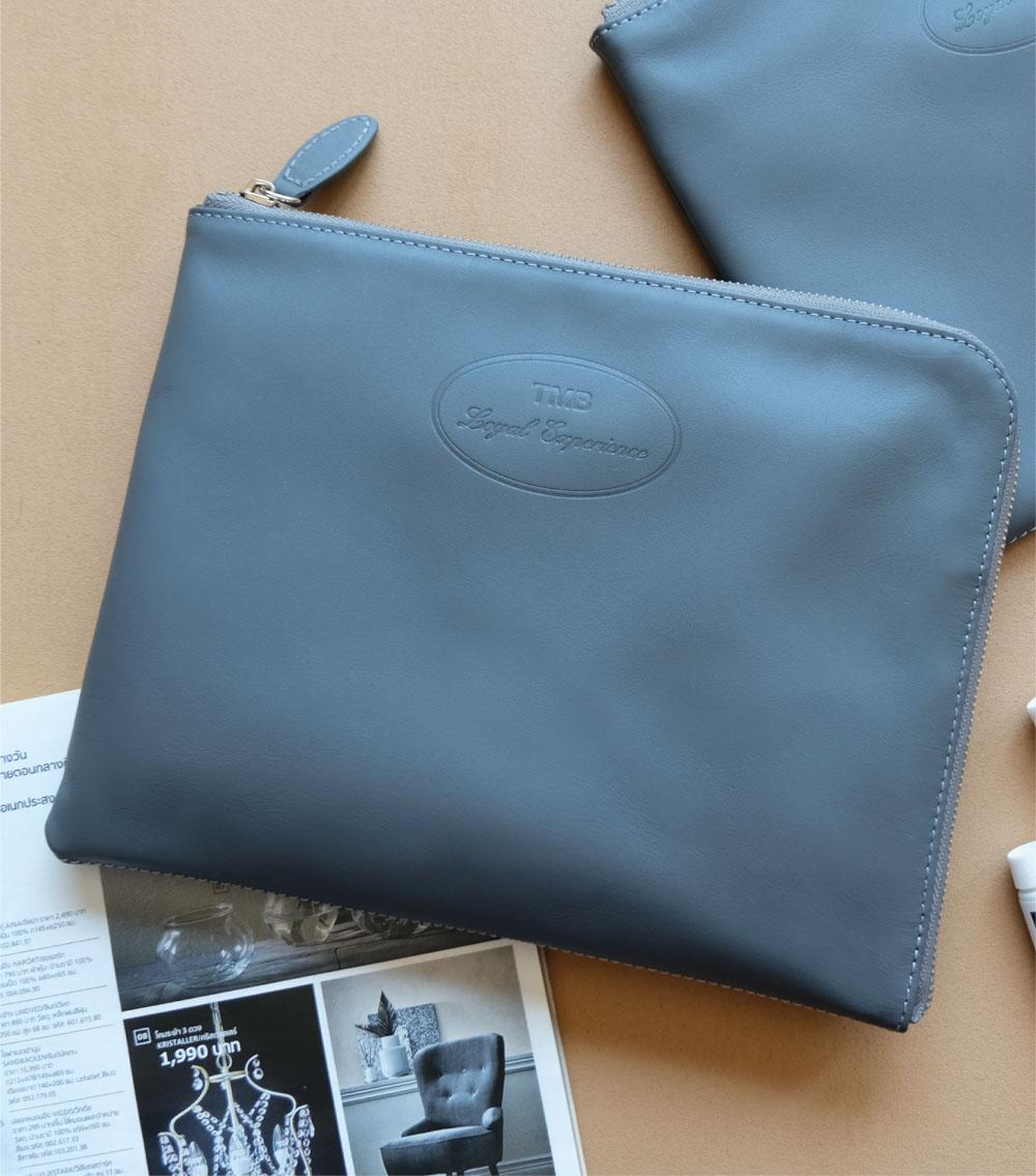 รับผลิตกระเป๋าหนัง รับผลิตสินค้าพรีเมี่ยม ธนาคาร tmb-4