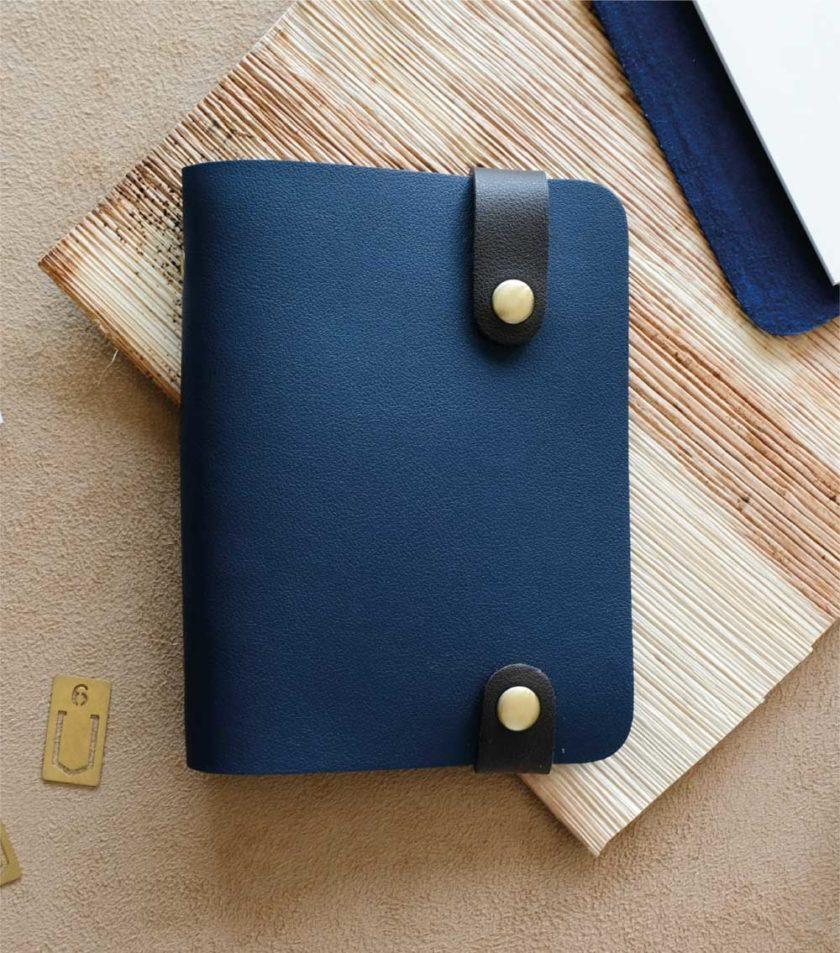 สมุดปกหนัง BM1 สีน้ำเงิน-01