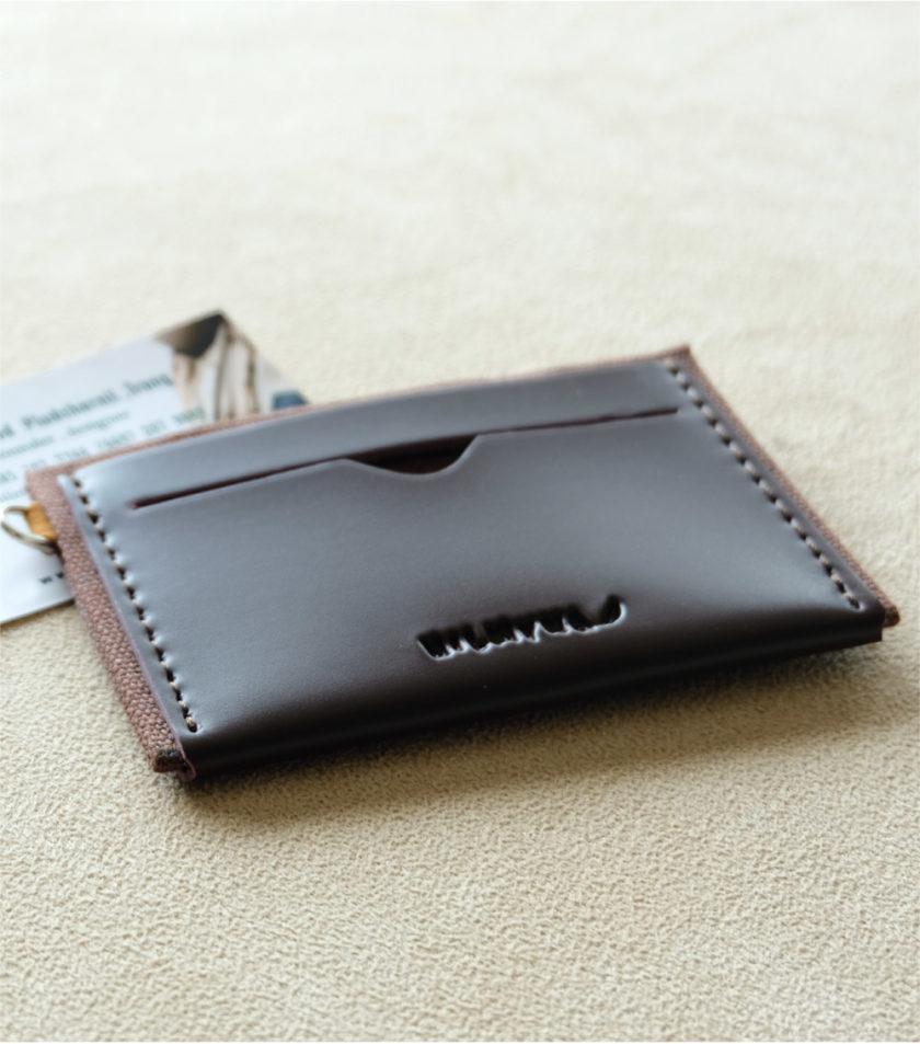 Card sleeve ซองนามบัตรหนัง สีน้ำตาลเข้ม-01