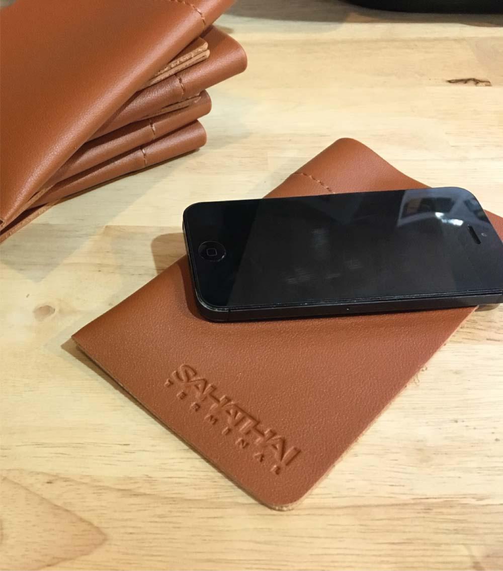 ซองหนังใส่โทรศัพท์ ซองใส่มือถือ รับผลิตสินค้าพรีเมี่ยม-สหไทย2