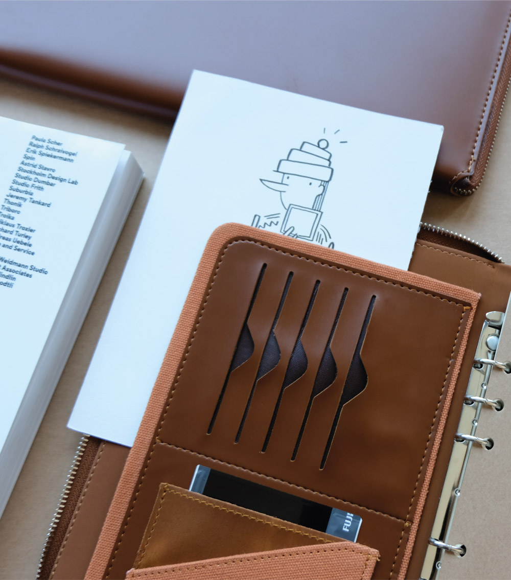 รับผลิตสินค้าพรีเมี่ยม รับทำสมุดโน๊ตปกหนัง รับทำไดอารี่ปกหนัง premiumgift-padbook5