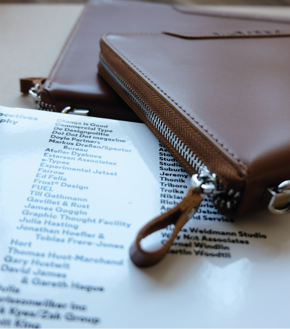 รับผลิตสินค้าพรีเมี่ยม รับทำสมุดโน๊ตปกหนัง รับทำไดอารี่ปกหนัง premiumgift-padbook8