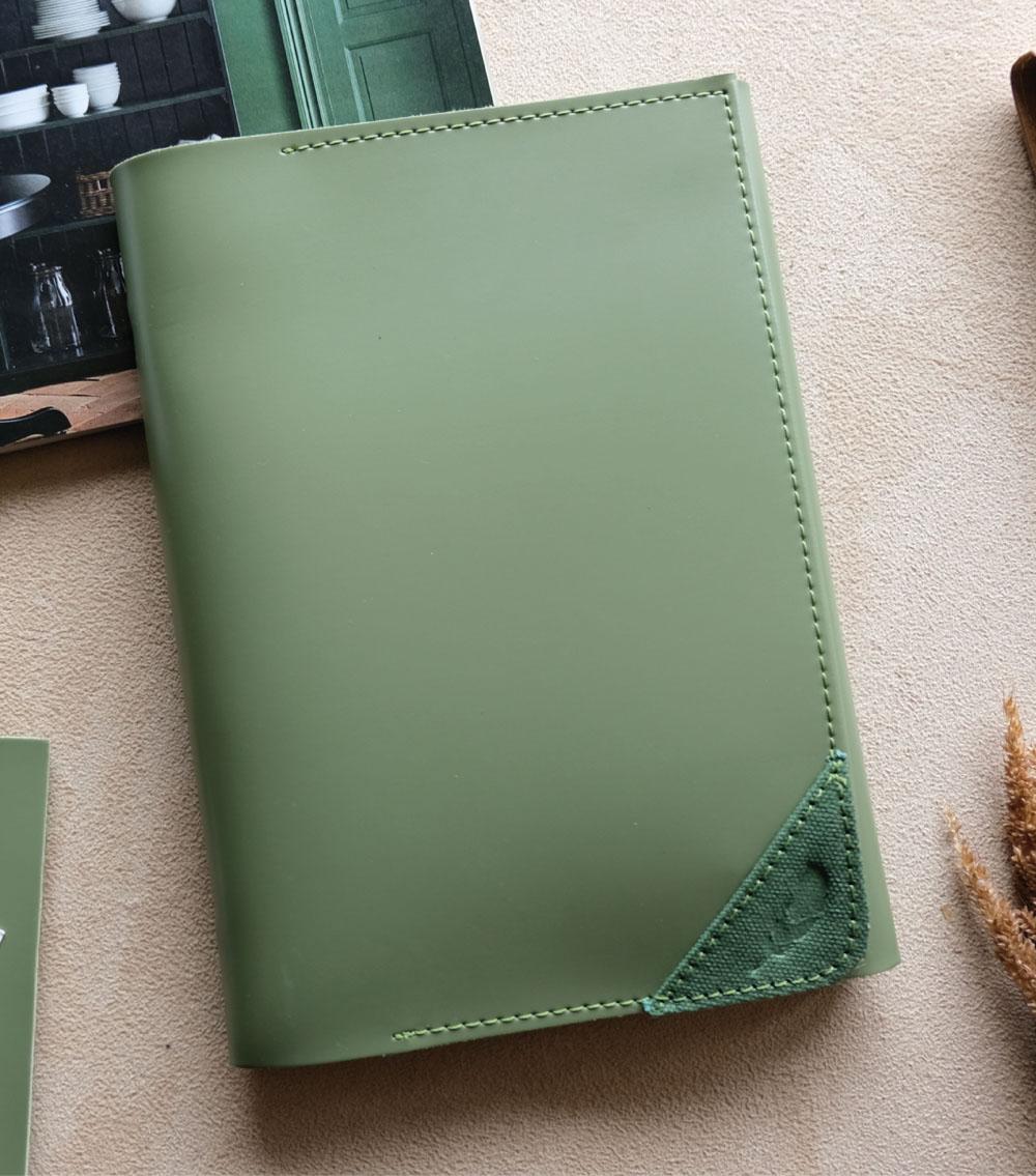 ผลิตสินค้าพรีเมี่ยม premiumgift รับทำสมุดโน๊ตปกหนัง รับผลิตสมุด-bl5 02