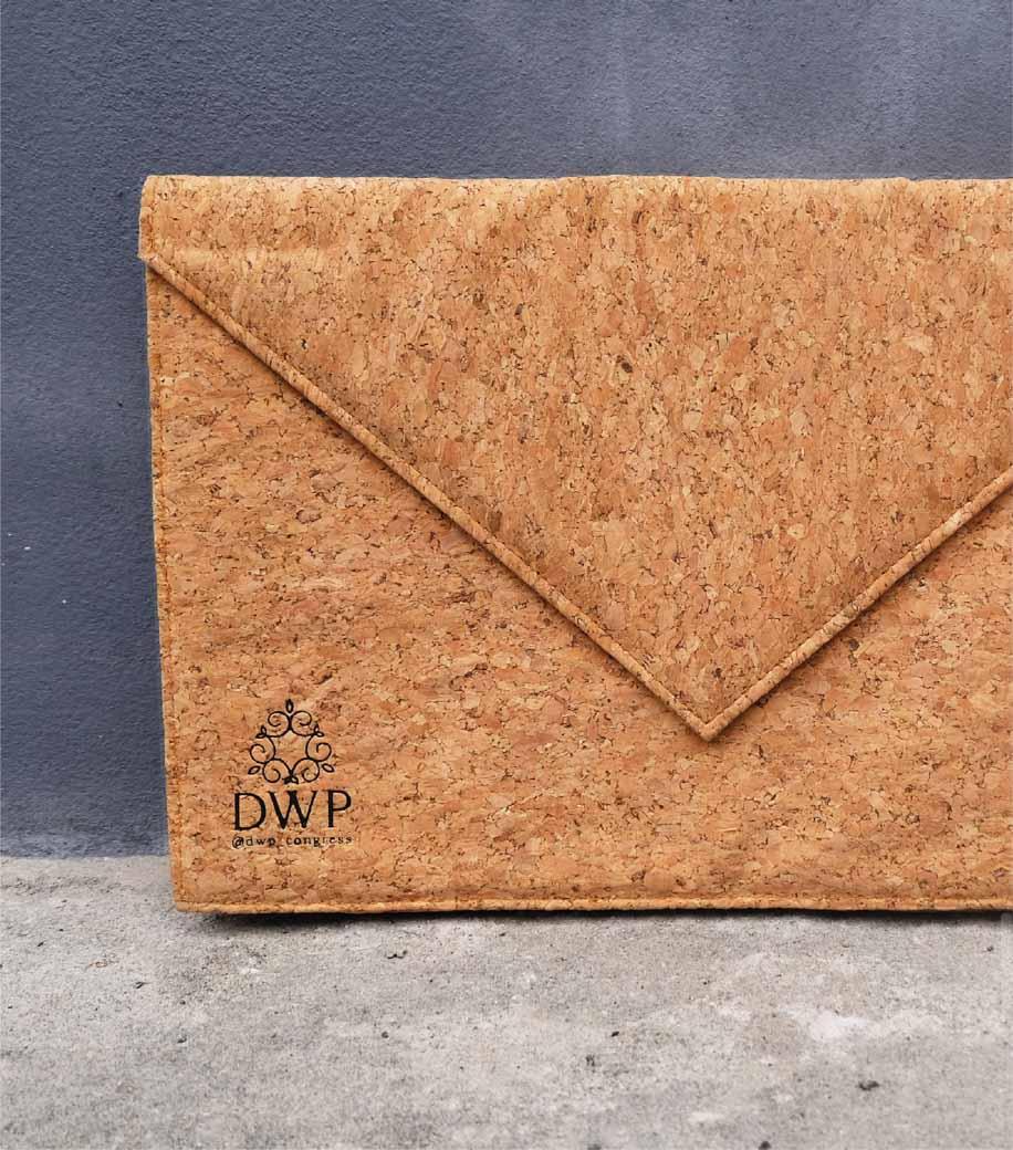 รับผลิตกระเป๋า รับผลิตสินค้าพรีเมี่ยม-DWP-02