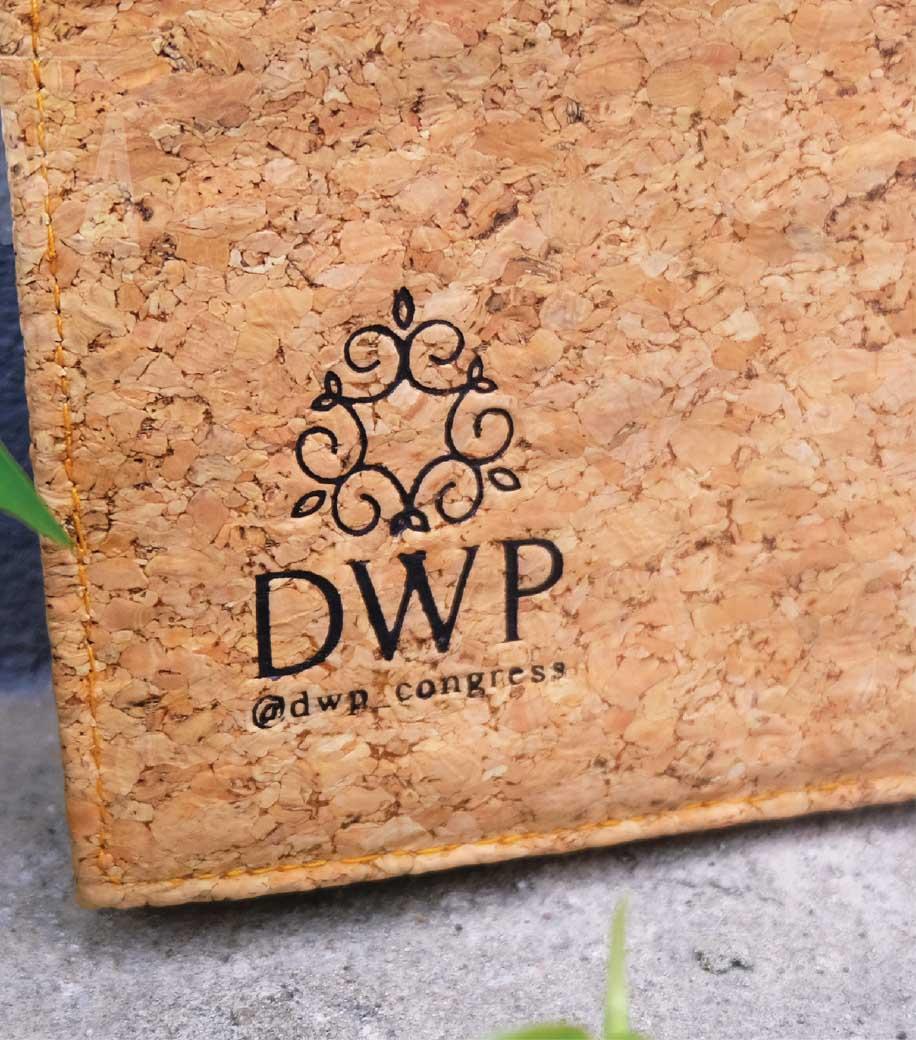 รับผลิตกระเป๋า รับผลิตสินค้าพรีเมี่ยม-DWP-07